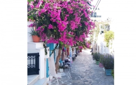 Summer in Naxos for family and kids